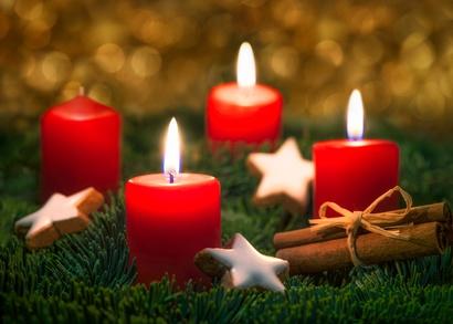 Drei Kerzen brennen am Adventkranz!
